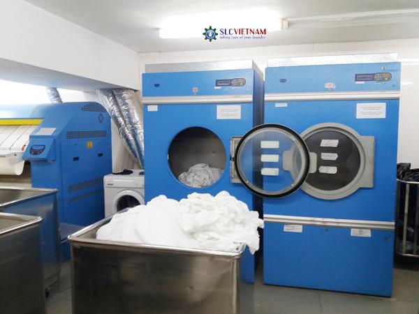 Hình ảnh: Tổng quan các máy móc chính trong hệ thống giặt là công nghiệp