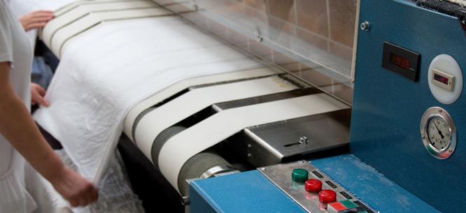 máy là ủi ga công nghiệp