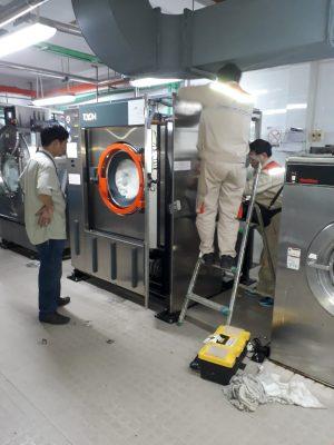 Thường xuyên vệ sinh và bảo trì, bảo dưỡng máy
