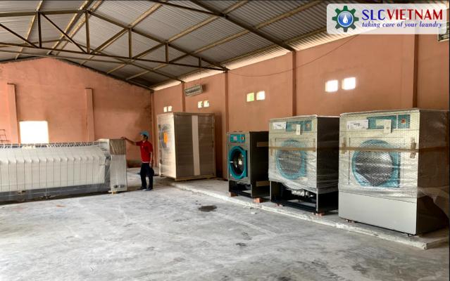 Lắp đặt máy giặt công nghiệp tại xưởng giặt